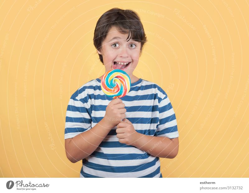 funny child with lollipop Food Dessert Candy Nutrition Eating Lifestyle Face Human being Masculine Child Boy (child) Infancy Teeth 1 8 - 13 years To hold on