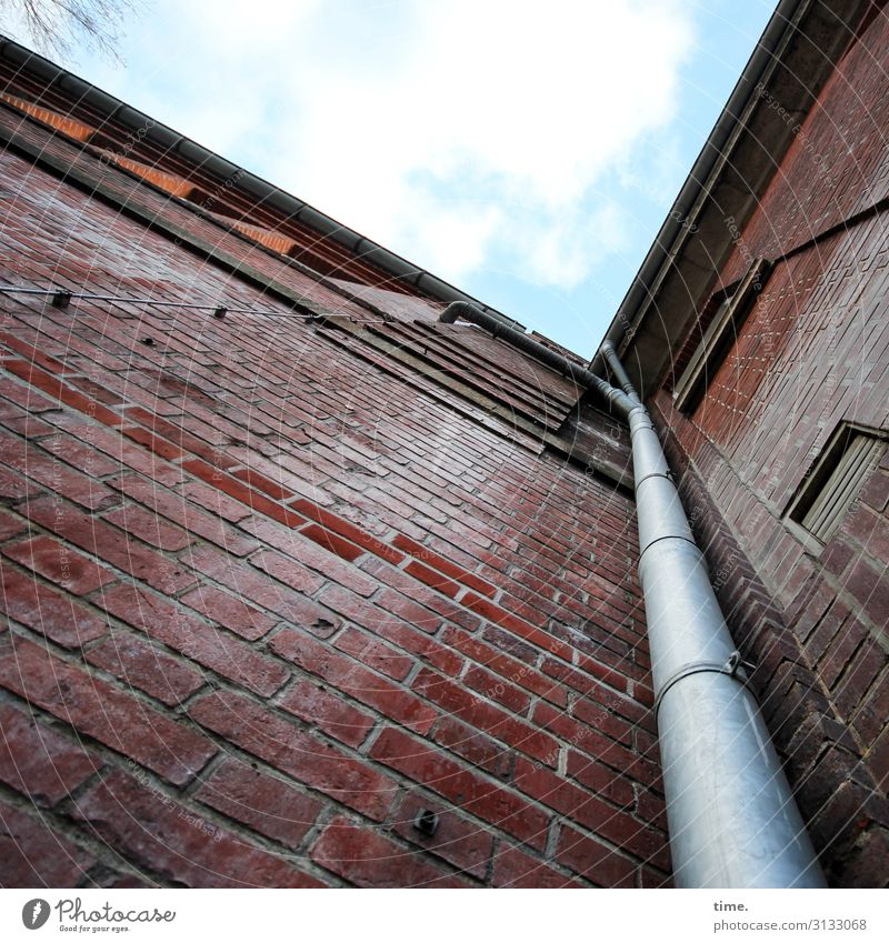Sky Town House (Residential Structure) Wall (building) Lanes & trails Building Wall (barrier) Stone Line Perspective Beautiful weather Tall Corner Hamburg