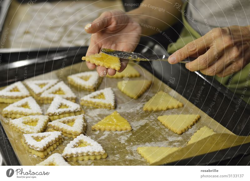 Christmas & Advent Hand Yellow Love Sweet Fresh Kitchen Baked goods Cooking Anticipation Hollow Knives Cookie Baking Self-made
