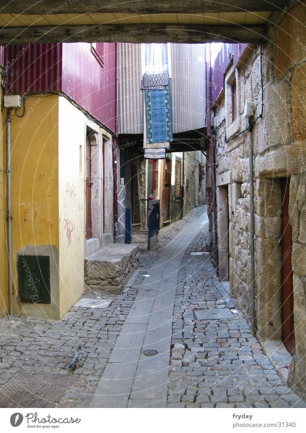 Lanes & trails Europe Laundry Portugal France Alley Porto
