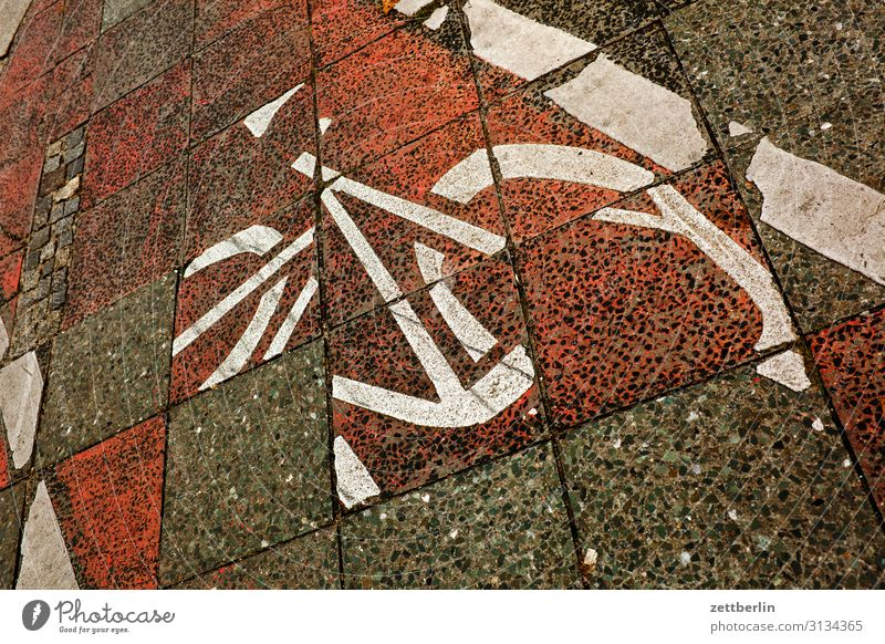 bicycle path Asphalt Chaos Muddled Lane markings Bicycle Cycling Cycling tour Cycle path Signage Clue Line Signs and labeling Navigation Orientation Direction