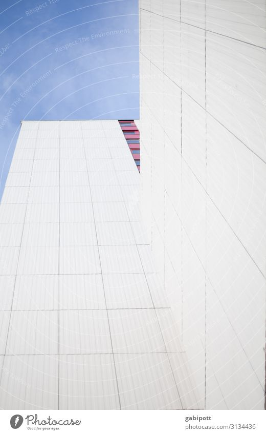 A piece of heaven Sky House (Residential Structure) High-rise Building Facade Window Sharp-edged Tall Town Power Willpower Might Hope Horizon Modern Perspective
