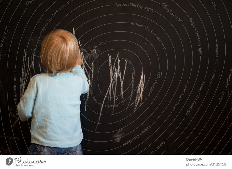 Child Human being Joy Lifestyle Wall (building) Boy (child) Art Playing Think Living or residing Flat (apartment) Masculine Infancy Creativity Cute