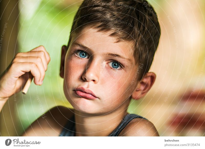 Child Vacation & Travel Beautiful Hand Far-off places Face Eyes Sadness Family & Relations Boy (child) Tourism Playing Freedom Hair and hairstyles Head Trip