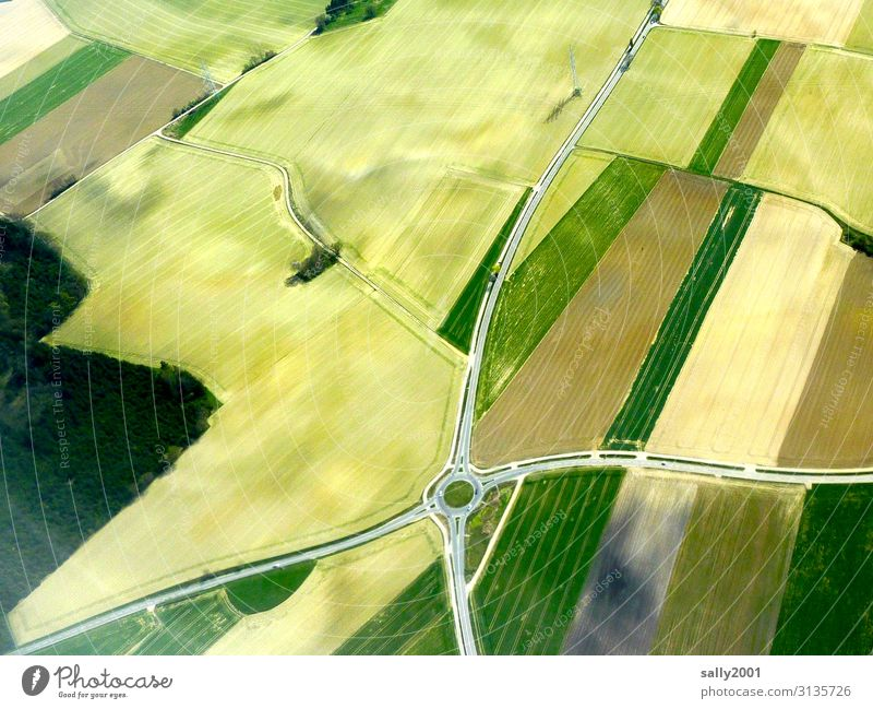 roundabout Traffic circle Country road Field Agriculture Bird's-eye view cross land consolidation corrected by the land registry extension Grain field Street