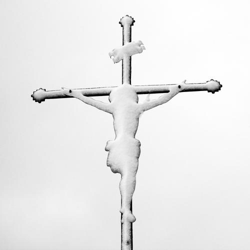 Snowman | Ice Age Masculine Man Adults 1 Human being Exhibition Work of art Sculpture Sky Winter Crucifix Cold Bravery Passion Dedication Altruism Endurance