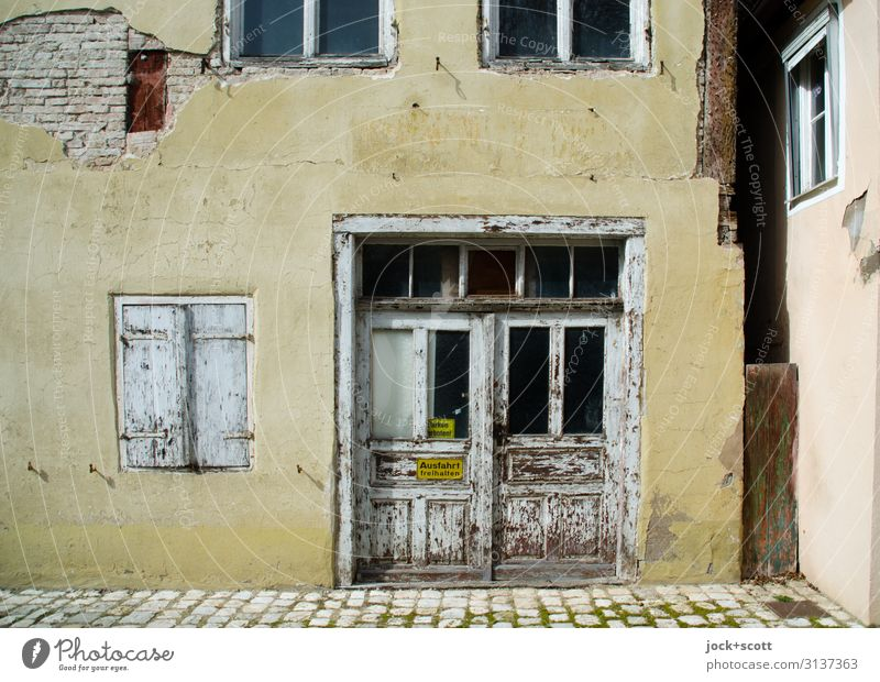 View Old Town City trip lost places Nördlingen Old town House (Residential Structure) built Facade Window Goal Warning sign Authentic Sharp-edged Historic