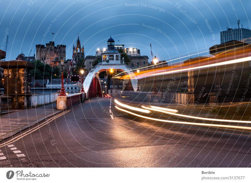 almost forward Vacation & Travel Tourism Trip City trip Newcastle Skyline Bridge Transport Means of transport Public transit Bus travel End Climate