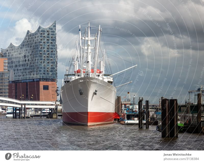 Vacation & Travel Town Architecture Building Tourism Modern Industry Hamburg Tourist Attraction Skyline Landmark Manmade structures Harbour Capital city