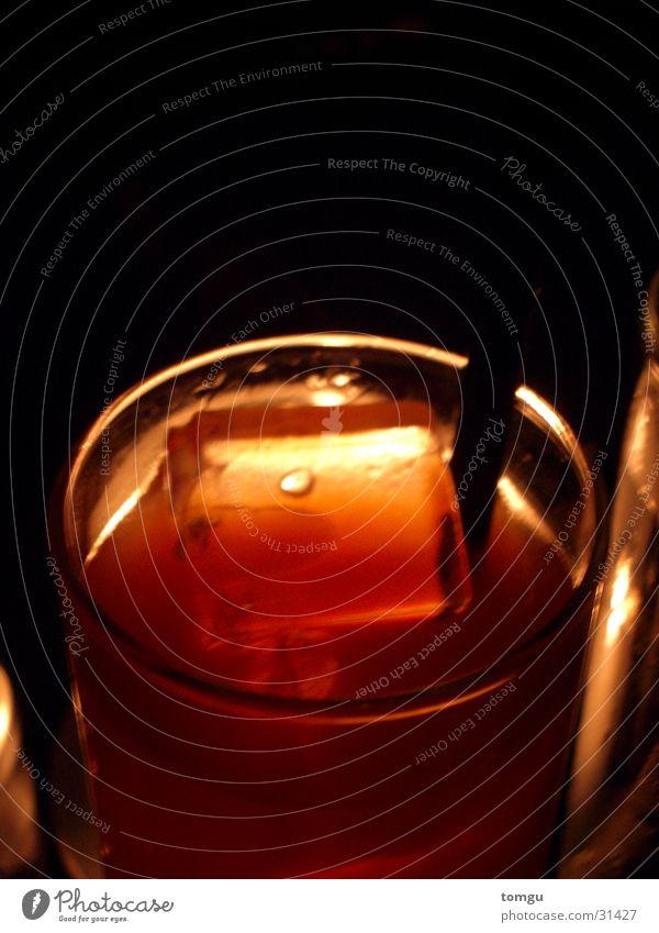 Red Dark Lamp Orange Ice Glass Beverage Bar Blade of grass Club Alcoholic drinks Cocktail Candlelight Longdrink Ice cube Nightclub