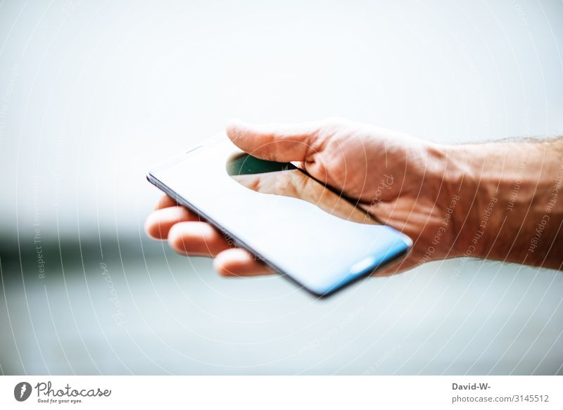 Hand(y) Elegant Style Design Entertainment Human being Masculine Man Adults Life Skin Fingers 1 Art Artist Utilize Cellphone Cellphone camera To hold on Fusion