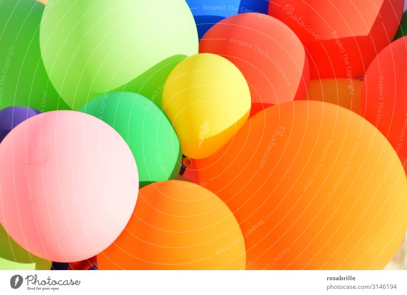 Child Summer Sun Joy Happy Feasts & Celebrations Party Freedom Flying Decoration Air Birthday Happiness Round Balloon