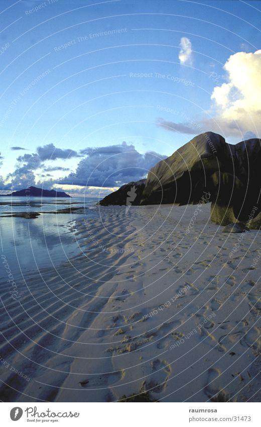 Blue Beach Seychelles La Digue Sunset Ocean Moody Rock formation
