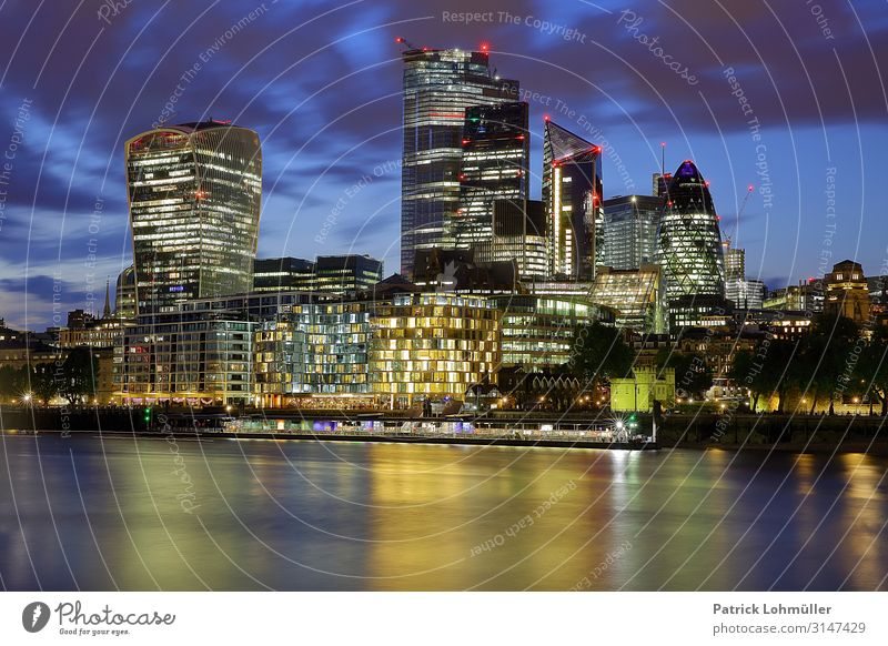 City of London Money Vacation & Travel Tourism Sightseeing City trip Workplace Office Economy Stock market Financial institution Business Environment Landscape