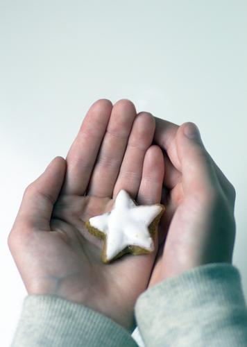poinsettia Dough Baked goods Candy Star cinnamon biscuit Cookie Nutrition Christmas & Advent New Year's Eve Infancy Life Hand Fingers Winter Star (Symbol)