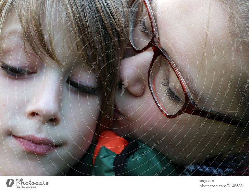 brotherly love Girl Boy (child) Brother Sister Infancy Youth (Young adults) Face 2 Human being 8 - 13 years Child 13 - 18 years Eyeglasses Blonde Kissing