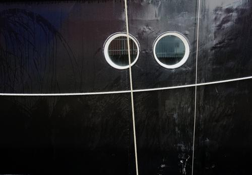 silver eye Window Passenger ship Porthole Strick rope Rope Glass Metal Observe Hang Looking Glittering Round Black Ship's side 2 In pairs Squint Colour photo