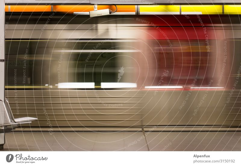 Local traffic (fast) Transport Passenger traffic Public transit Rush hour Rail transport Commuter trains Underground Train station Station hall Platform Speed
