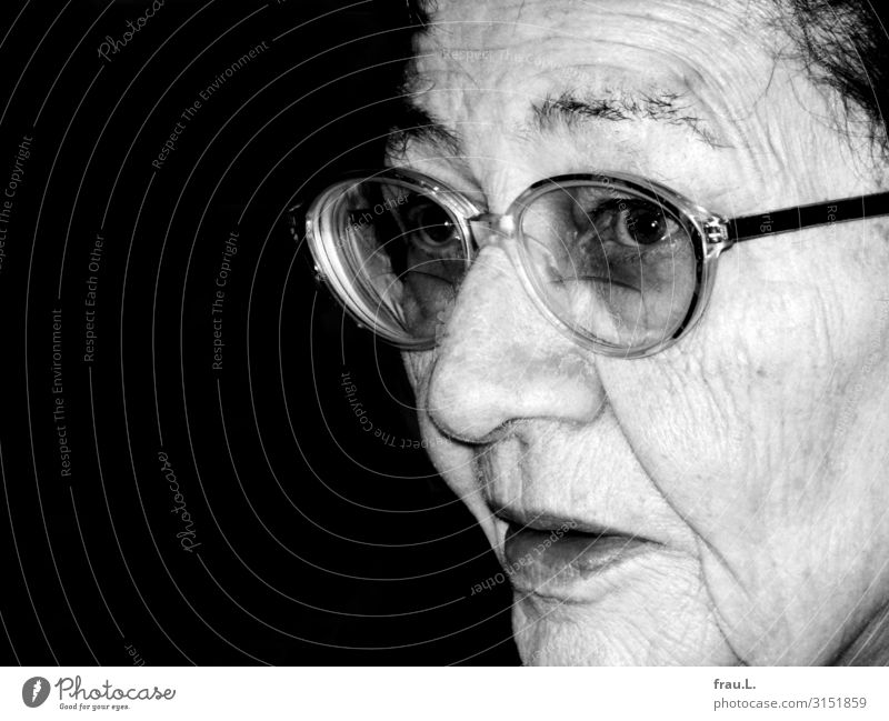 Back then Christmas & Advent Human being Woman Adults Female senior Mother Face 1 60 years and older Senior citizen Eyeglasses Bravery Peaceful Looking Old