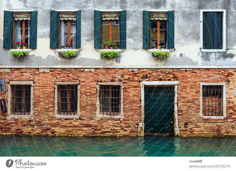 Historical buildings in the old town of Venice in Italy Relaxation Vacation & Travel Tourism House (Residential Structure) Water Town Old town Building