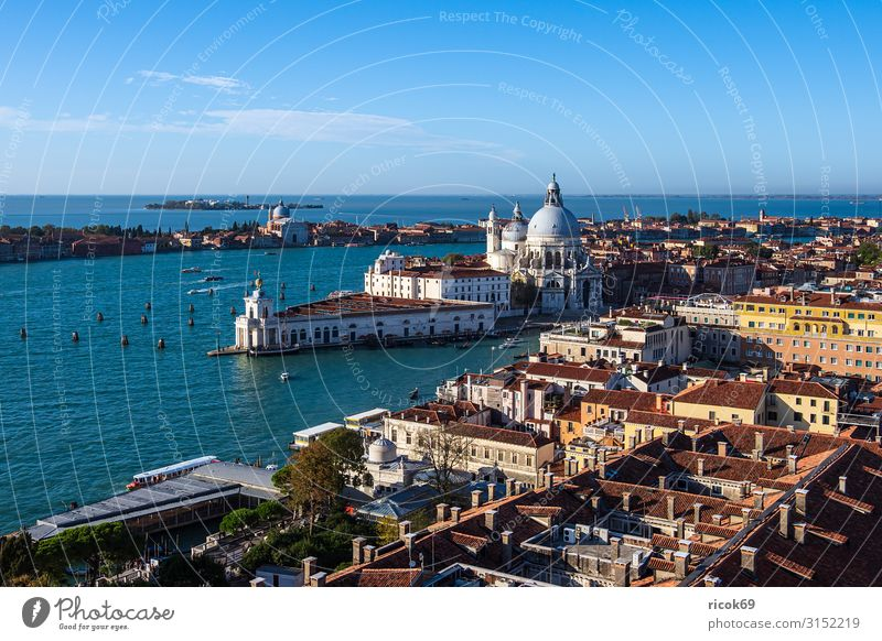 View of the church Santa Maria della Salute in Venice Relaxation Vacation & Travel Tourism House (Residential Structure) Water Clouds Town Old town Tower