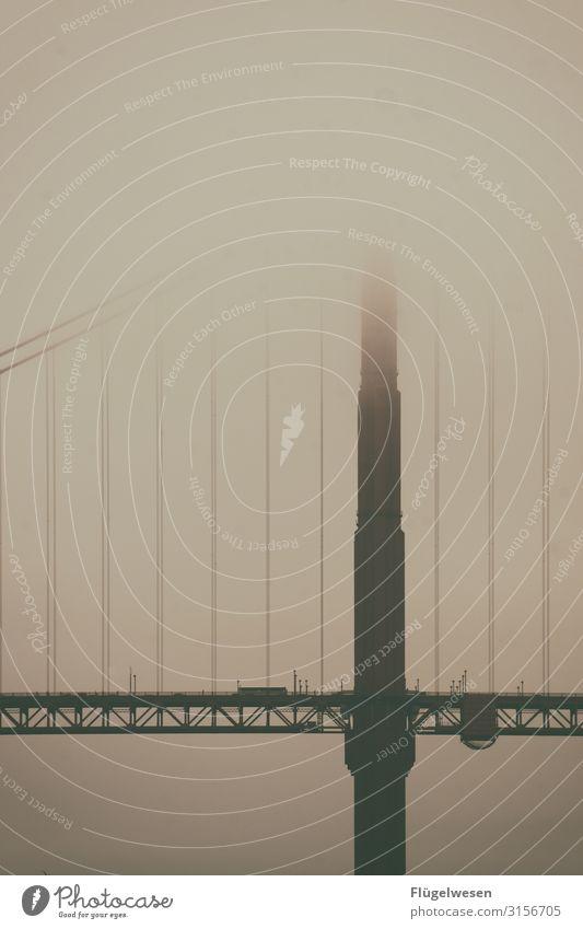 Golden Gate Golden Gate Bridge Fog Misty atmosphere Americas USA San Francisco San Francisco bay