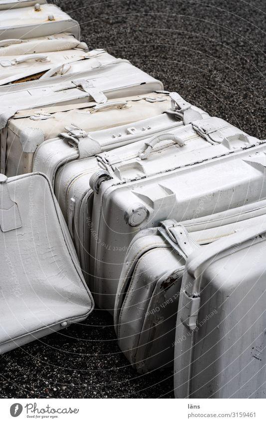 White Street Hamburg Suitcase Depart