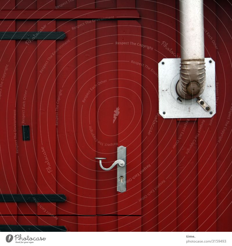 Entrees (V) House (Residential Structure) Site trailer Wall (barrier) Wall (building) Facade Door Chimney Door handle Hinge Stovepipe Wood Stripe Dark Red