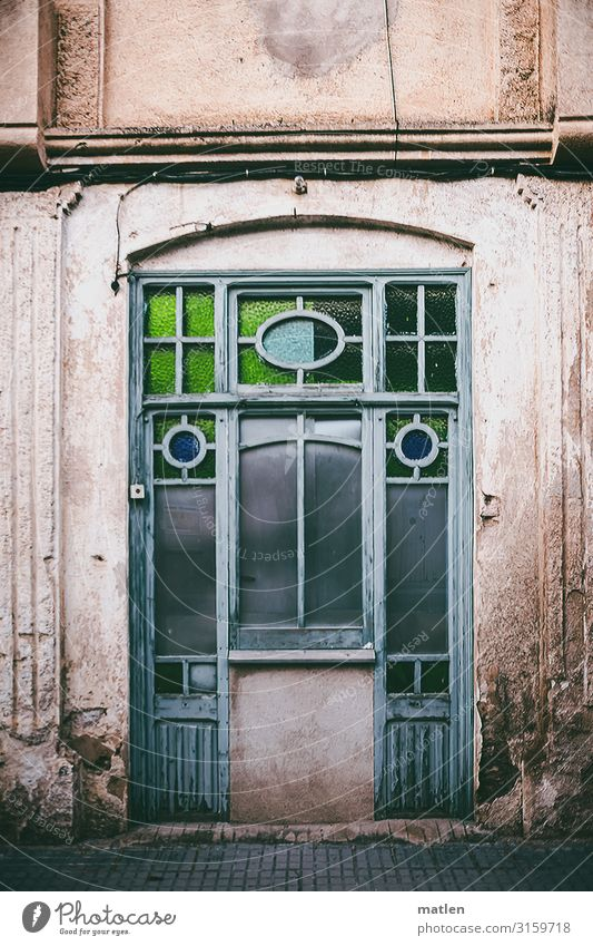 window Town Old town Deserted House (Residential Structure) Wall (barrier) Wall (building) Facade Window Blue Brown Gray Green Stained glass window Art nouveau