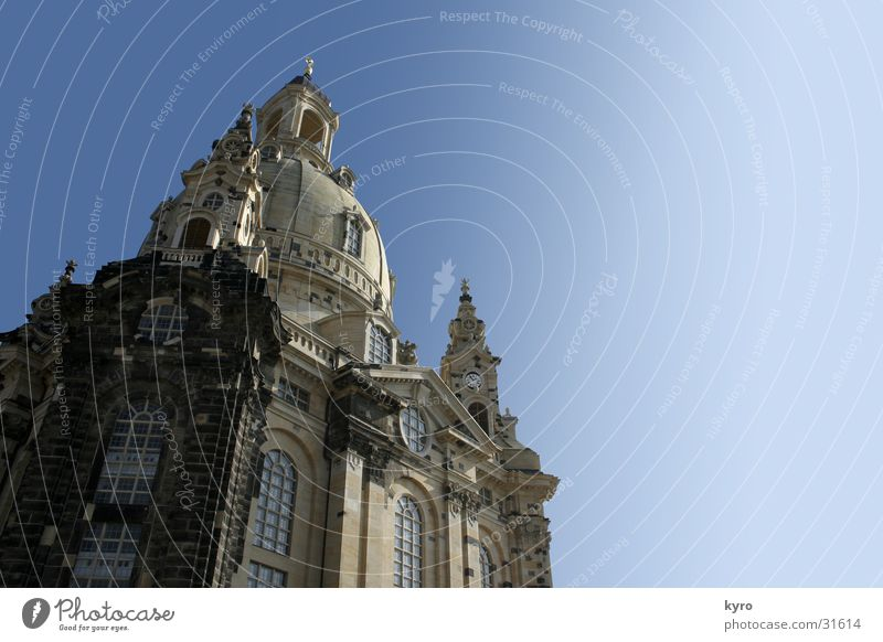 Old Stone Wall (barrier) Religion and faith New Construction site Culture Dresden Past Historic War Destruction Old town Domed roof Contract Frauenkirche