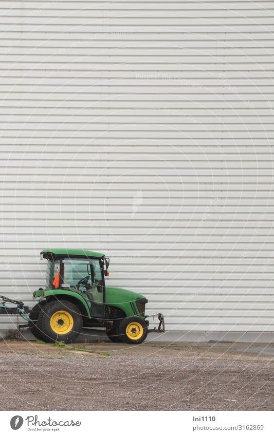 Green Yellow Gray Hamburg Logistics Traffic infrastructure Illusion Tractor Portrait format Cladding