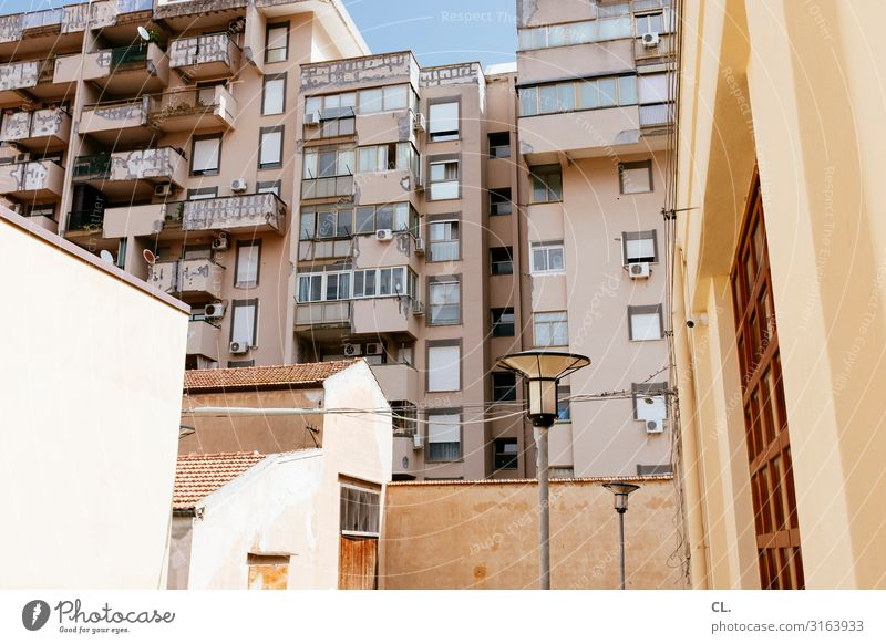 visa Cable Beautiful weather Palermo Italy Town House (Residential Structure) High-rise Manmade structures Building Architecture Wall (barrier) Wall (building)