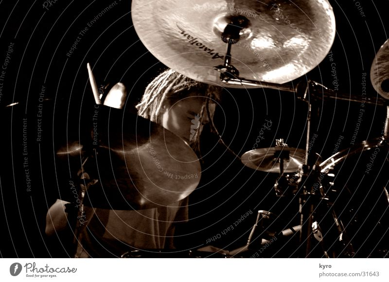 Dark Music Glittering Fog Shows Concert Rock music Stage Fan Share Loud Drum set Basin Singer Musician