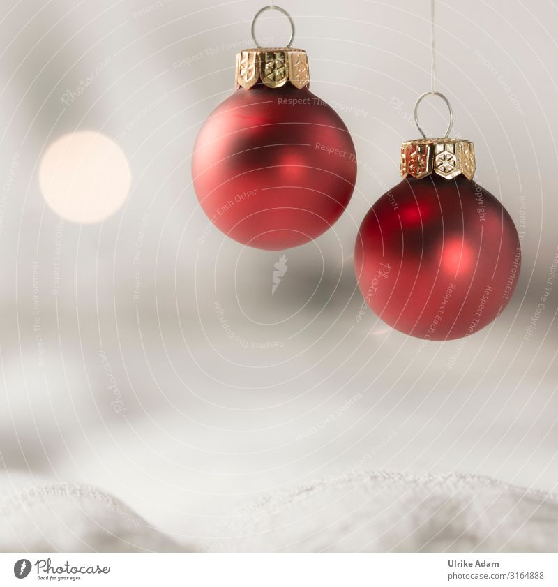 Christmas & Advent Red Religion and faith Emotions Feasts & Celebrations Moody Design Decoration Illuminate Round Soft Card Belief Sphere Hang Anticipation