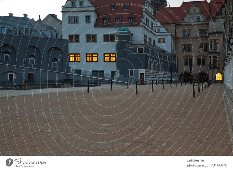 Stallhof in the early evening Old town Ancient Architecture Baroque Dresden Elbufer Classical Culture Capital city Vacation & Travel Travel photography