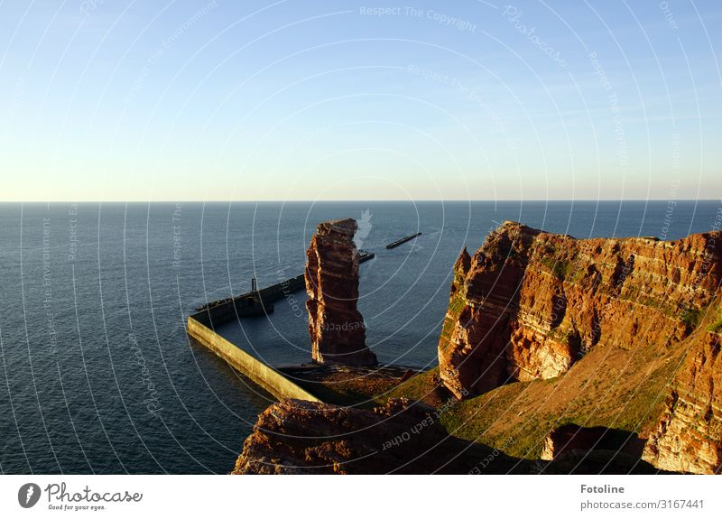 Long Anna (Nathurn Stak) Environment Nature Landscape Elements Earth Water Sky Cloudless sky Horizon Beautiful weather Rock Waves Coast North Sea Ocean Island