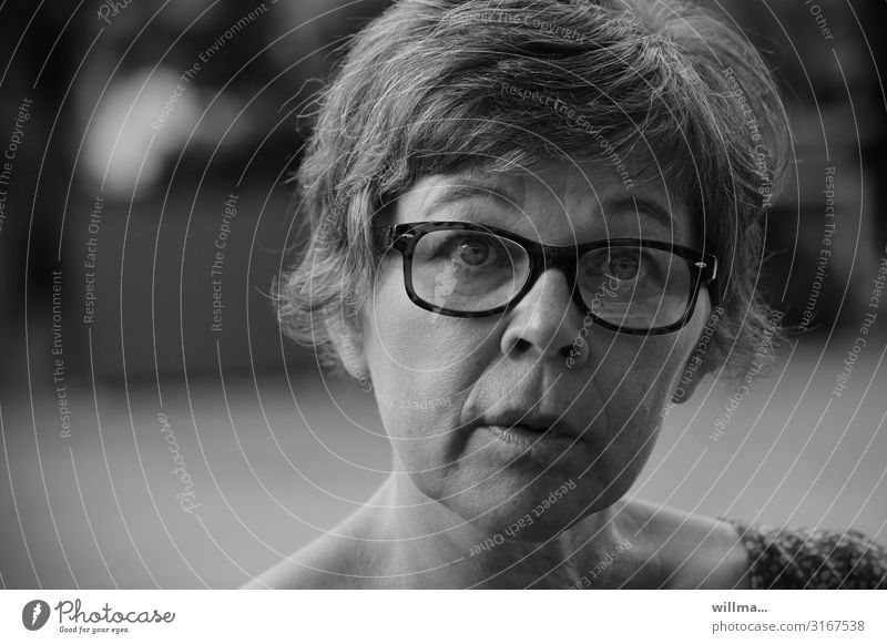 yes, but ... Woman Adults Face 45 - 60 years Eyeglasses Short-haired Curiosity Expectation Hope Communicate Ask Marvel Surprise Black & white photo