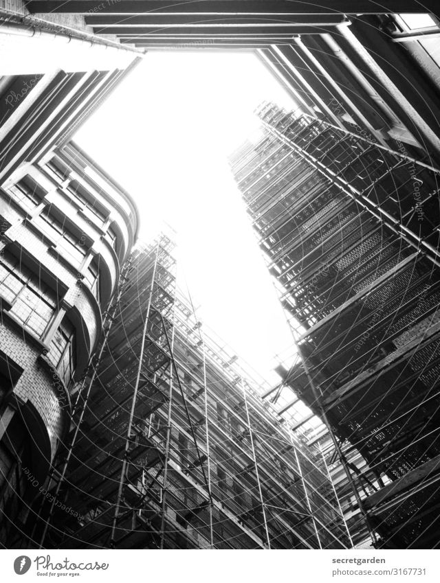 ray of hope Construction site Worm's-eye view Hamburg Scaffolding Architecture architectonically architectural photography Architecture and buildings