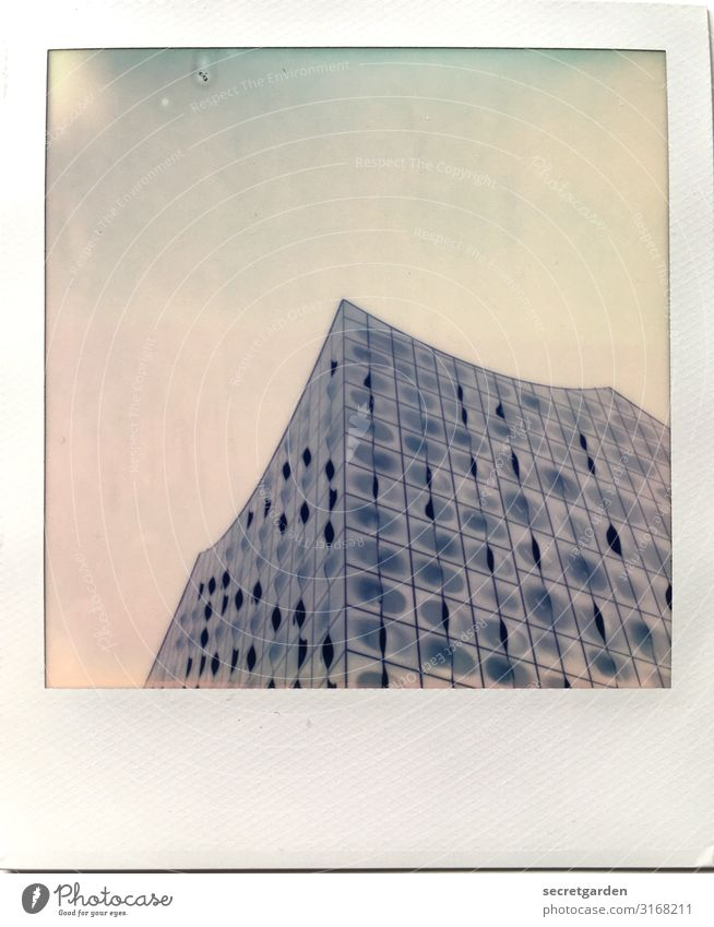 Sky Blue Town Architecture Building Exceptional Facade Modern Glittering Glass Culture Esthetic Large Uniqueness Tall Hamburg