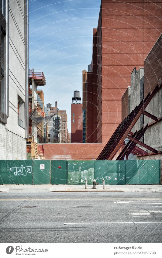 Potemkin Manhattan Construction site New York City Town Downtown Deserted House (Residential Structure) High-rise Manmade structures Building Architecture