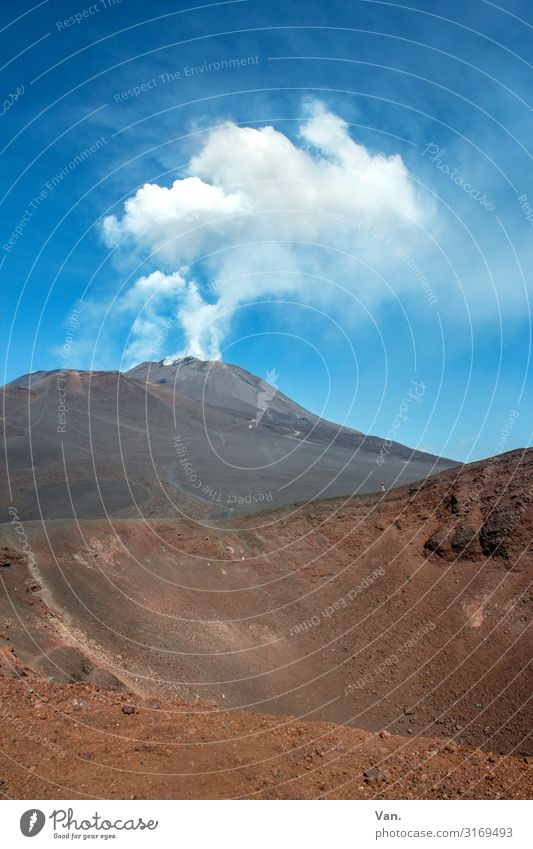 Sky Nature Summer Blue White Landscape Exceptional Brown Rock Action Beautiful weather Threat Peak Hill Elements Smoke