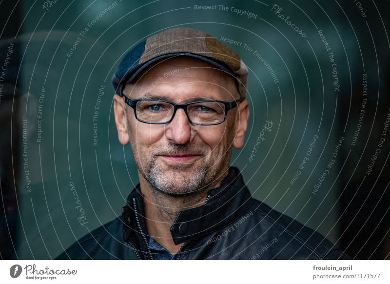 Human being Man Adults Happy Contentment Masculine 45 - 60 years Happiness Eyeglasses Facial hair Cap Landscape format