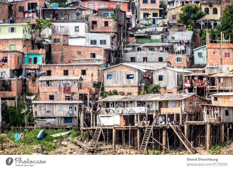 favela Vacation & Travel City trip Village Fishing village Town Capital city Downtown Outskirts Overpopulated House (Residential Structure) Hut Poverty Luxury