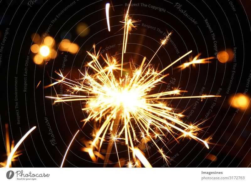 Sparklers New Year's Eve Party Illuminate Brilliant Glittering Flame Firecracker Lighting effect Night life Event Feasts & Celebrations Christmas & Advent