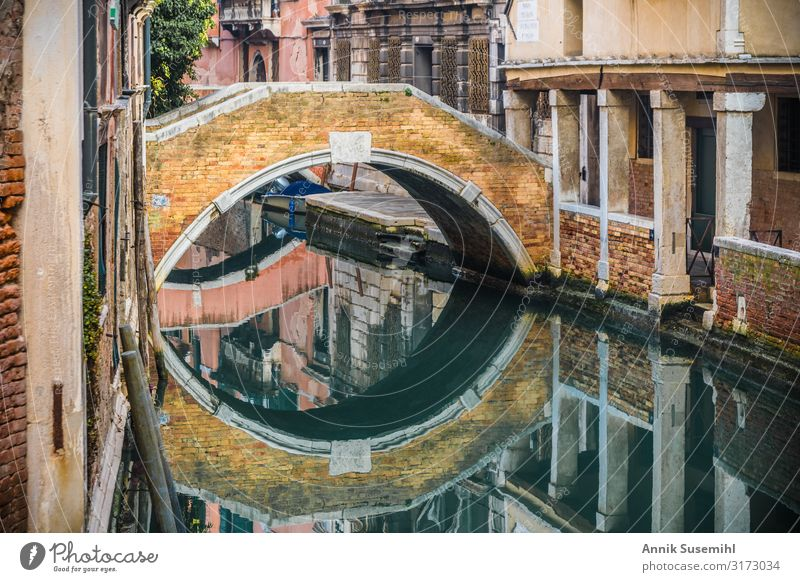 Small bridge with reflection at a canal in Venice Vacation & Travel Tourism Sightseeing City trip Cruise Ocean Education Water Island Town Port City Downtown