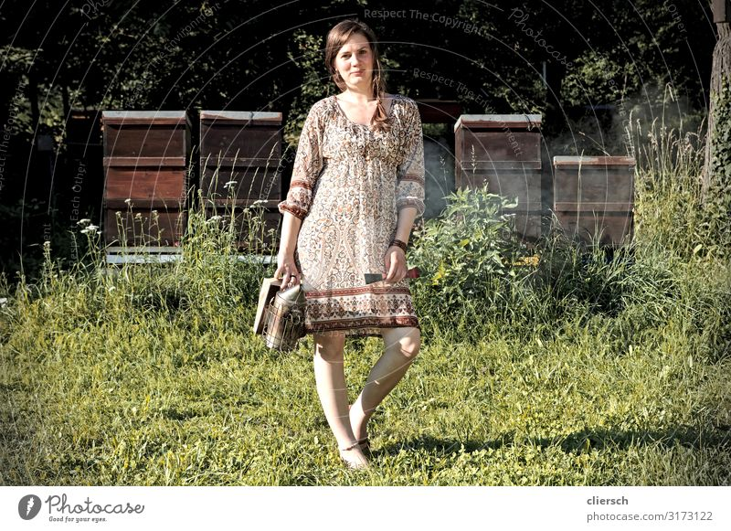 Woman Human being Nature Youth (Young adults) Young woman 18 - 30 years Adults Environment Natural Feminine Meadow Garden Contentment Free Arrangement