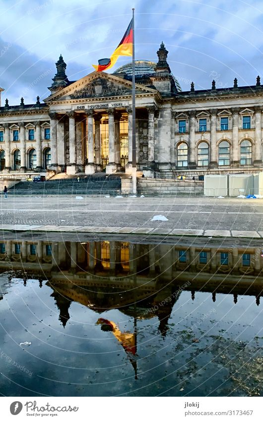 Bundestag² Water Puddle Berlin Capital city Downtown Manmade structures Architecture Tourist Attraction Landmark Reichstag Might Arrangement Politics and state