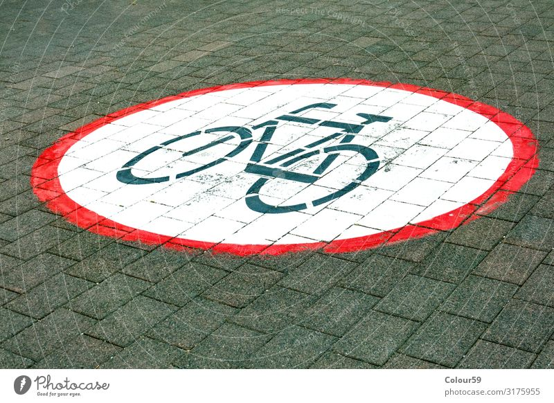 No cycling Park Lanes & trails Signal Background picture Symbols and metaphors Bicycle Cycling interdiction Prohibition sign Clue Round Street off Sidewalk