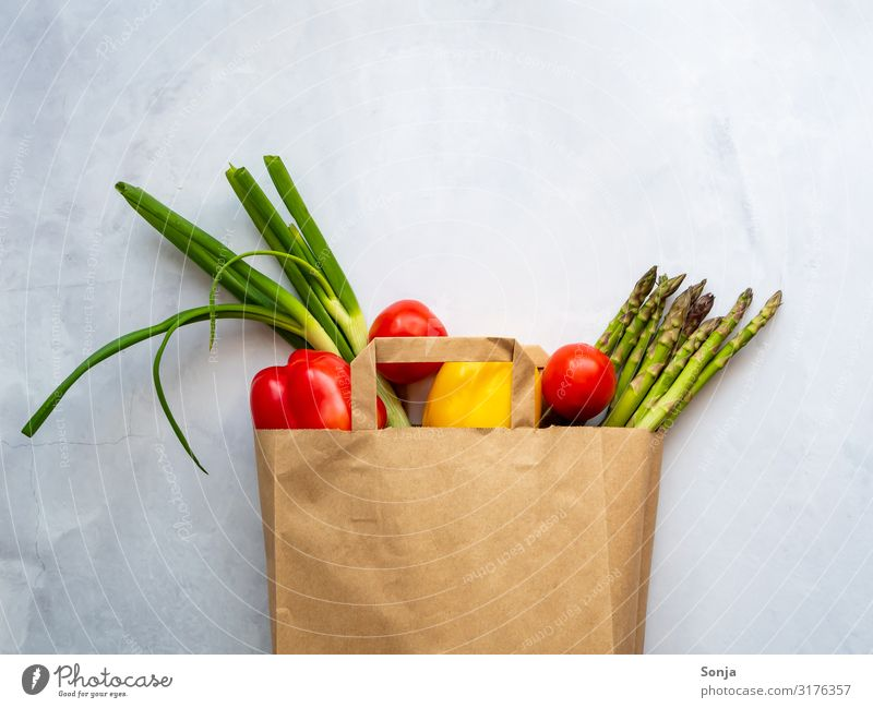 Healthy Eating Food Lifestyle Environment Nutrition Fresh Shopping Vegetable Organic produce Vegetarian diet Diet Environmental protection Tomato Paper bag
