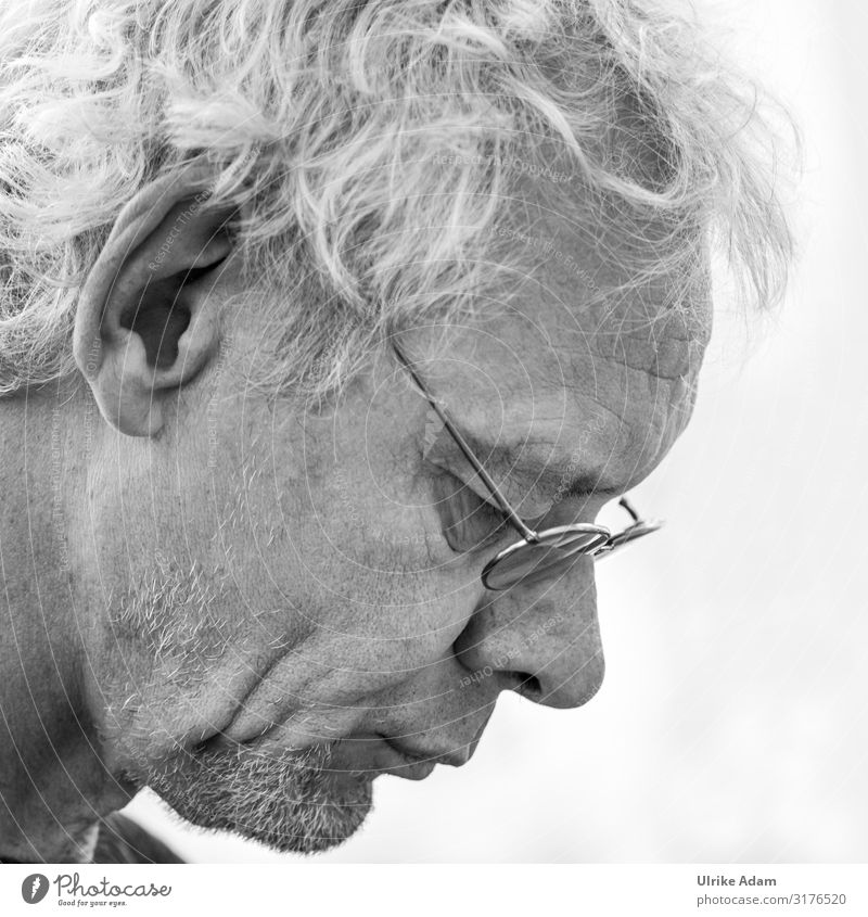 Human being Man Adults Head Think Masculine Meditative 45 - 60 years Eyeglasses Reading Male senior Concentrate Facial hair Effort Patient Earnest